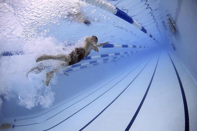 תחרות שחייה